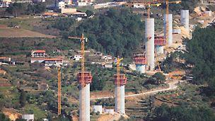 Auto-Estrada Transmontana - Viaduto do Corgo - Vista dos conjuntos ACS.