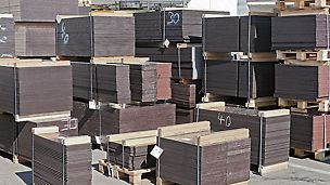 Pannelli e compensato PERI - L'efficiente rete logistica, con magazzini internazionali dislocati per mare e per terra, permette a PERI di assistere con competenza e velocità i propri clienti