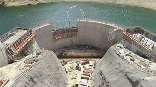 Reforço de Potência da Venda Nova III - Visualização da zona superior onde se realizará o canal da tomada de água