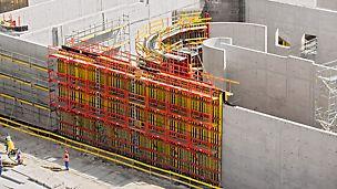 A PERI tem o sistema de  formas adequado para cada estrutura e componentes de concreto. O portfólio satisfaz os requisitos globais de diferentes métodos de construção e condições.
