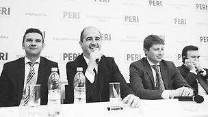 Высшее руководство PERI на пресс-конференции по случаю запуска завода PERI