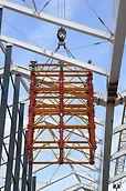 Konstrukcja modularna wież PERI VST umożliwia transport segmentów w całości.