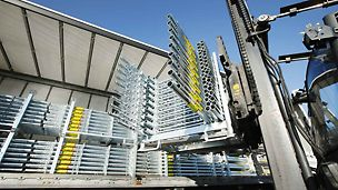 The proven PERI rental and delivery service is also available for architectural concrete formwork.