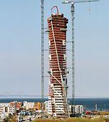 Turning Torso, Malmö: Stavba Turning Torso postupně směrem nahoru se otáčí přes 9 částí s pěti podlažími o 90 stupňů.