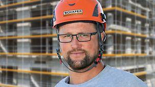 Porträt von René Schierstedt, Gerüstbaumeister und Bauleiter bei Gerüstbau Schäfer, NL München