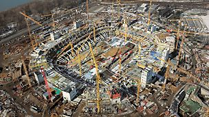 Nacionalni stadion Kazimierz Górski, Varšava, Poljska - ovaj kompleksni projekt s visokim zahtjevima u pogledu kvalitete zahtijevao je iskusan gradilišni tim i gradilišnu podršku PERI inženjera.