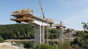 Most Markov, Slovensko: Řešení PERI s letmou betonáží zajišťuje optimalizaci pracovních výkonů.