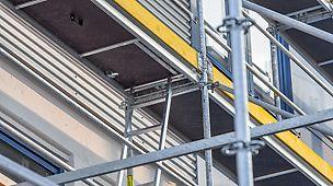 Leitergangstafel mit hochklappbarer Leiter zur Nutzung des ganzen Gerüsts