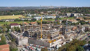 Die neue Firmenzentrale des international agierenden Erdöl- und Chemieunternehmen Sasol weist auf 10 Ober- und 7 Untergeschossen 200.000 m² Nutz- und Verkehrsfläche auf.