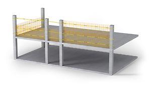 Les grilles, hautes de 200 cm, servent à sécuriser les rives libres de bâtiments de construction à ossature poteaux.