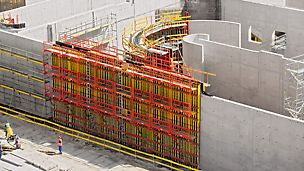 PERI erbjuder formsystem för platsgjuten betong som uppfyller de globala kraven för byggkonstruktion. Genom gedigen erfarenhet och kunskap, hittar vi rätt system för varje projekt.
