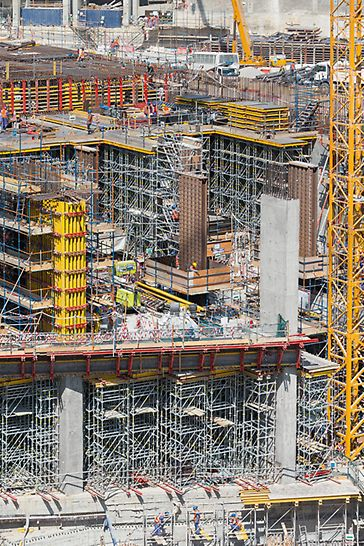 Stanice metra Msheireb, Dauhá: Ve velmi krátkém čase bylo na stavbu dodáno 10 000 m² stěnového a sloupového bednění a 150 000 m³ podpěrného lešení.