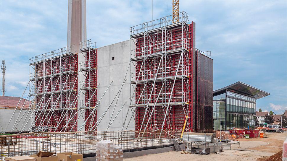 Le coffrage cadre MAXIMO est principalement utilisé pour les projets de construction industriels et de grande hauteur. Le système progresse par incréments de panneaux de 30 cm, clairement structurés.