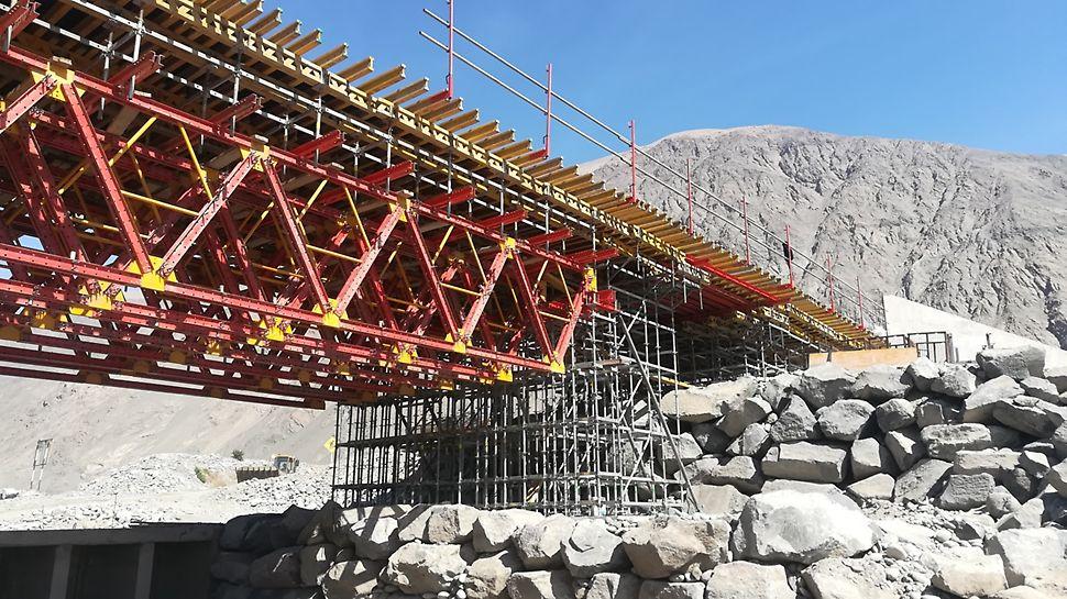 Puente Urasqui, Arequipa, Perú