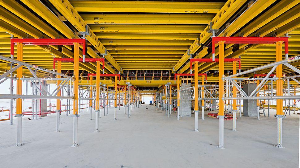Unterzugriegel beim Bau der Barwa Commercial Avenue