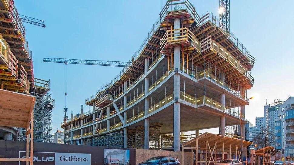 Indywidualny projekt pozwala na wykonanie wyjątkowo ekonomicznych stołów stropowych, z elementami konstrukcji zoptymalizowanymi pod kątem statyki. Fot. arch. Golub Gethouse sp. z o.o.