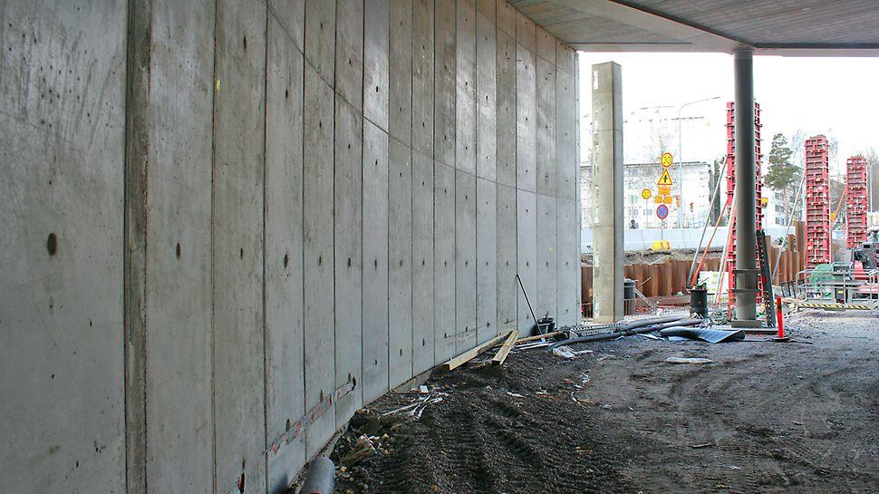 Kaarevat seinät saatiin aikaan MAXIMO-järjestelmällä puukiiloja apuna käyttäen.