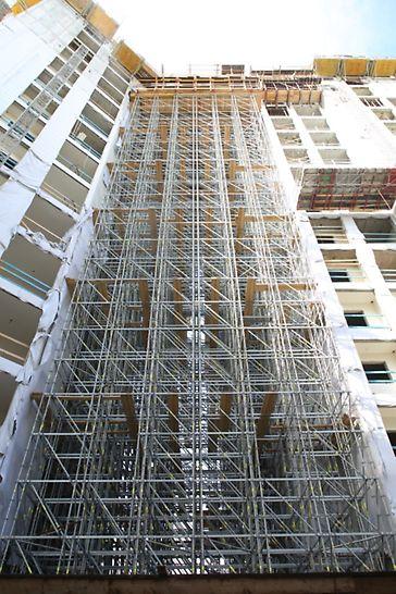 לגעת בים נתניה - מגדלי פרי-אפ בגובה 43.0 מטר