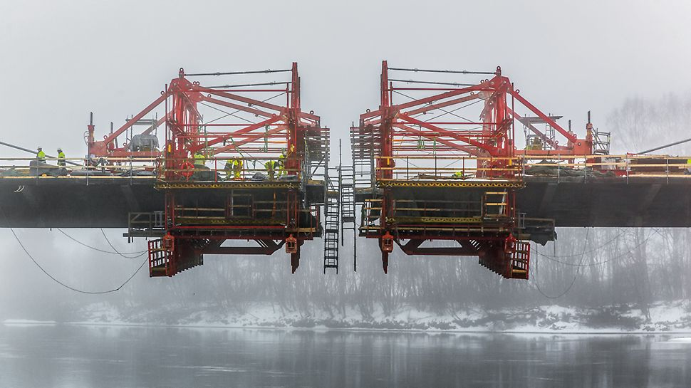 PERI Produkte beim Projekt in Sør-Fron, Oppland, Norwegen: VARIOKIT Freivorbaugerät, PERI UP Zugangstechnik, VARIO GT 24 Träger-Wandschalung, DOMINO Rahmenschalung, Dienstleistungen