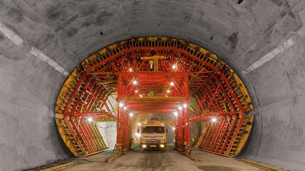 Durchfahrtsöffnungen sind bei bergmännischen Tunneln eine wichtige Voraussetzung für den Einsatz.