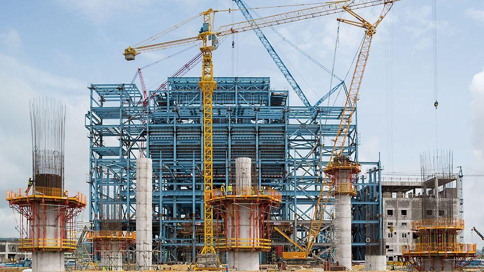 Wärmekraftwerk Stanari, Doboj, Bosnien und Herzegowina - Insgesamt 9 runde Pfeiler mit 3,60 m Durchmesser und 40 cm Wandstärke tragen später eine stählerne Plattform für den Kondensator.