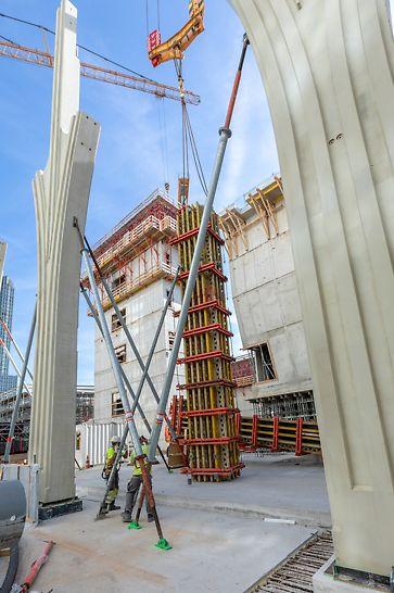 OCC Spuikwartier Den Haag: Voorgemonteerde PERI VARIO GT 24 kolombekisting met hoogte van 9,6 meter