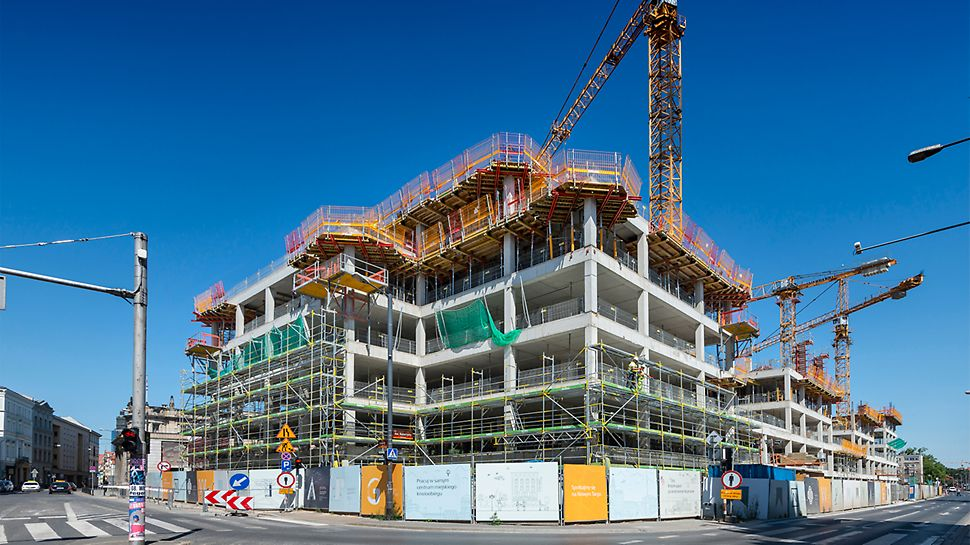 """Nowo powstający biurowiec """"Nowy Targ"""" - klasy LEED Platinum w bezpośredniej bliskości rynku wrocławskiego."""