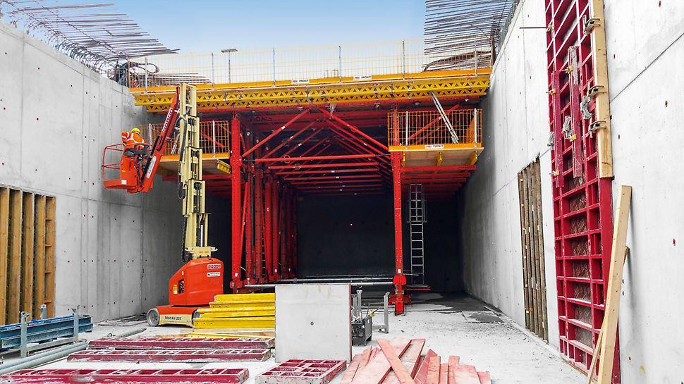 Entsprechend der auftretenden Lasten lassen sich Tragwerksysteme mit Diagonalstrebe oder Fachwerk mit Vertikalsteher realisieren.