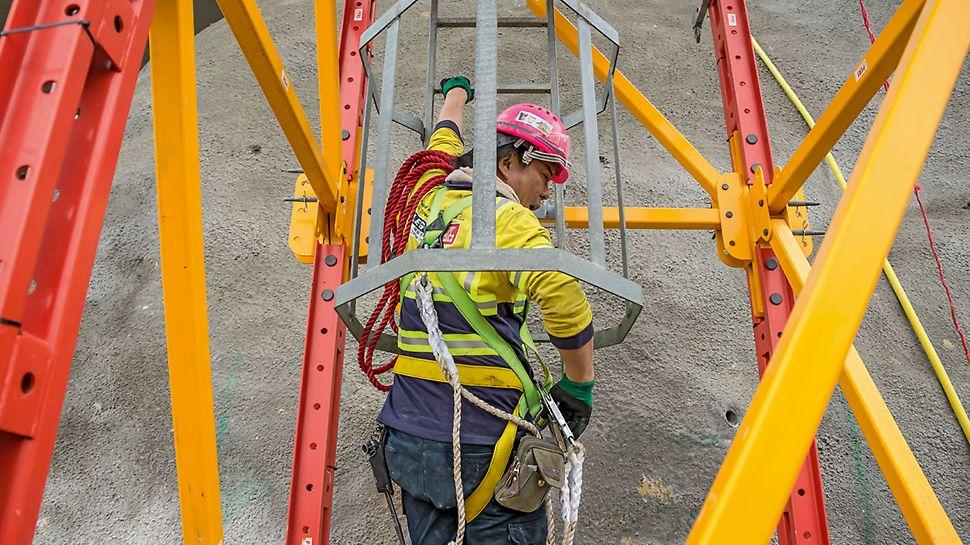 Sicherer Zugang zum Kopfspindelkranz durch den Leiteraufstieg.