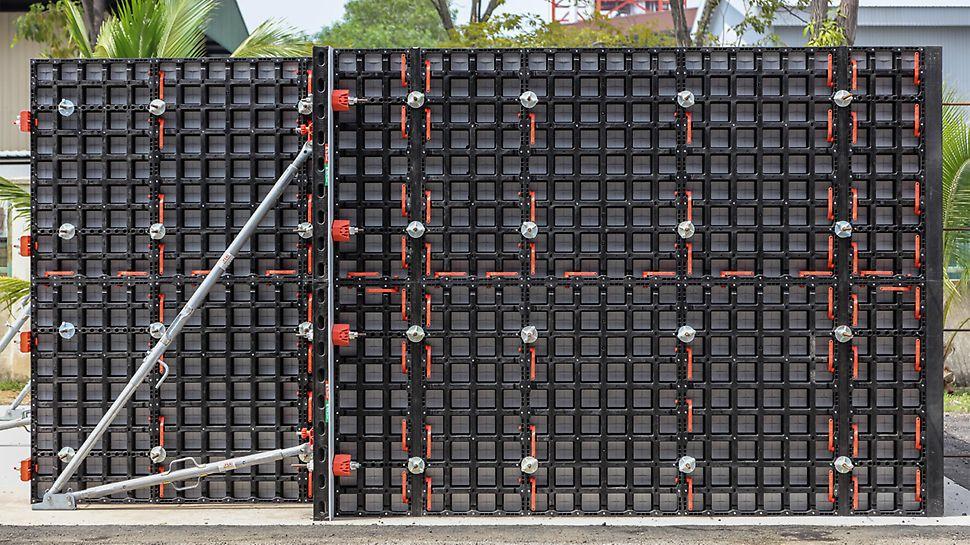 DUO ist für eine Raumhöhe von 2,70 m optimiert, dazu werden 2 Standardpaneele aufgestockt. In Verbindung mit der Möglichkeit des liegenden Aufstockens sowie der verfügbaren Paneele mit 60 cm Höhe ergeben sich vielfältige Möglichkeiten.