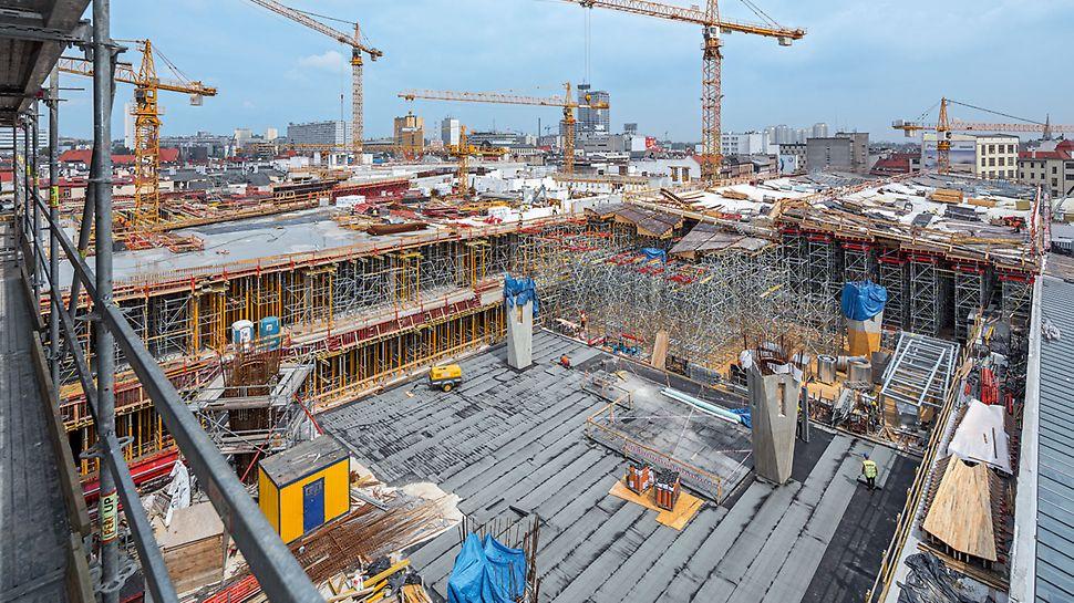 Dzięki wiedzy i doświadczeniu pracowników PERI zakres inwestycji oraz skomplikowanie konstrukcji żelbetowych nie stanowiły problemu dla wykonawcy.