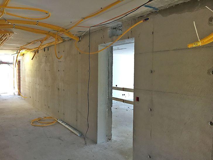 Wand im OG, betoniert mit SCC - Beton