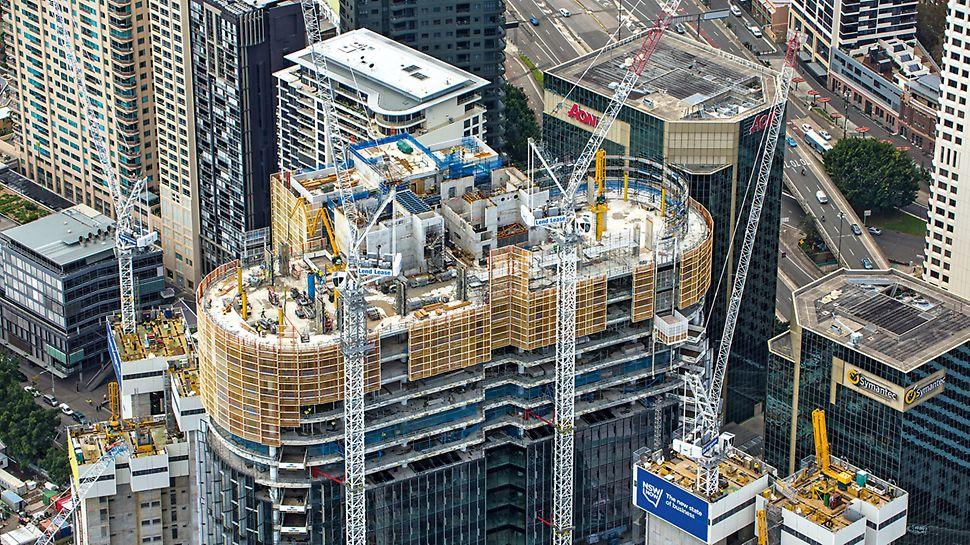 International Towers Sydney ITS, Barangaroo South, Sydney: Šplhavé ochranné stěny vysoké až 18,50 m byly do dalšího podlaží vždy přemísťovány bez nároku na jeřáb s pomocí mobilní hydrauliky.
