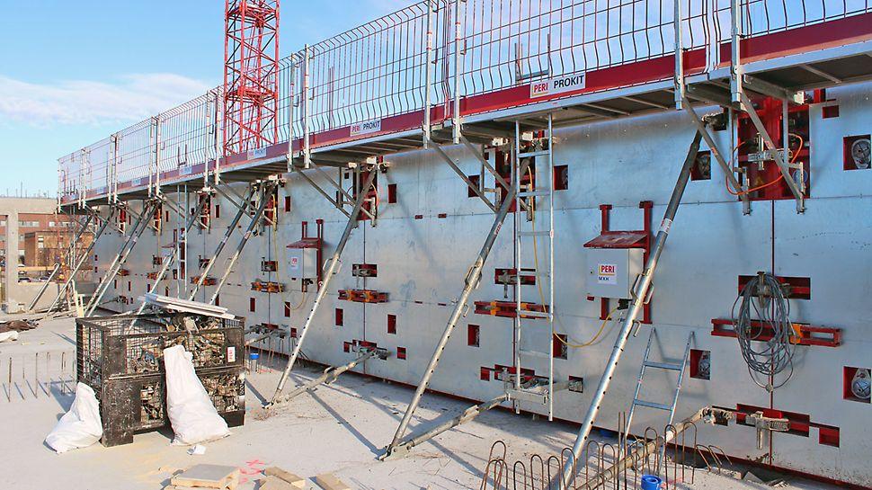 Lämmitettävä MXH-järjestelmämuotti toimi erinomaisesti seinien talvivaluissa.