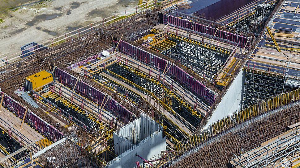 Progetti PERI, stazione AV/AC Napoli Afragola - 19.000 m² di solai in cemento armato, 16.500 m² di pareti a facciavista, 10.000 m² di pareti standard: sono questi i numeri dell'opera