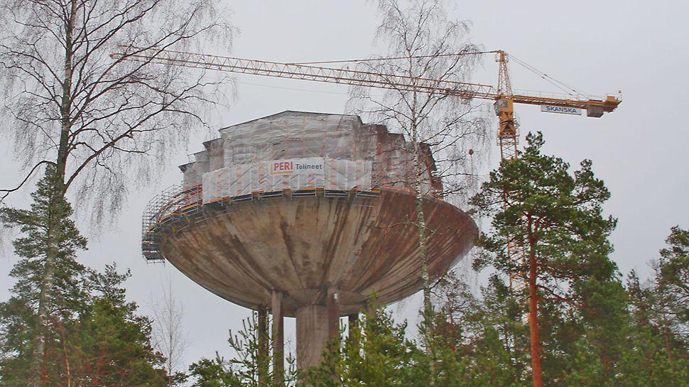 Vesitorni on näyttävä maamerkki Länsi-Espoon alueella.