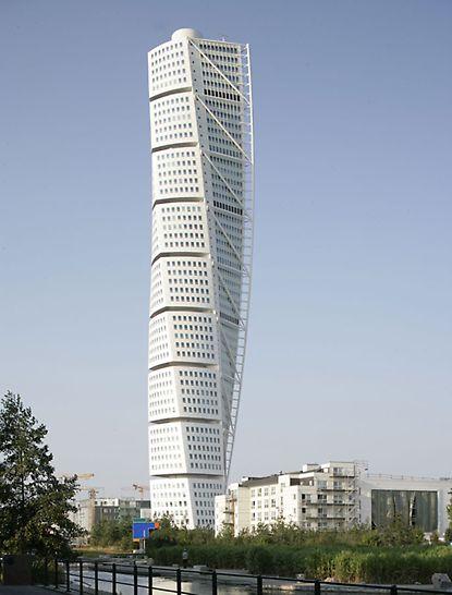 """Turning Torso, Malmö, Schweden - Mit dem Bau des """"Turning Torso"""" erhält Malmö in Schweden eines der aufregendsten Gebäude im Norden Europas."""