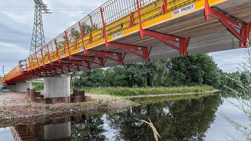 Cycle Path Bridge, Frankenberg/Saxony, Germany | Easy and simple through safety: system combination in bridge construction