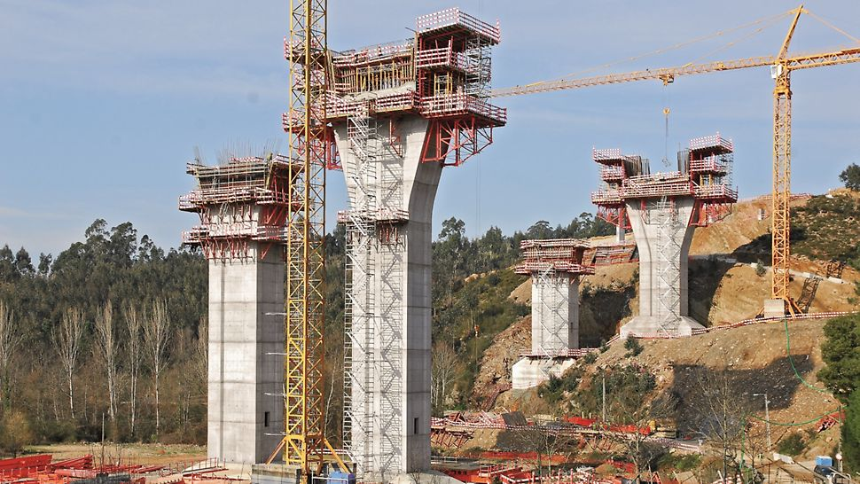 Ponte sobre o Rio Uima - Vista geral da obra de Norte para Sul