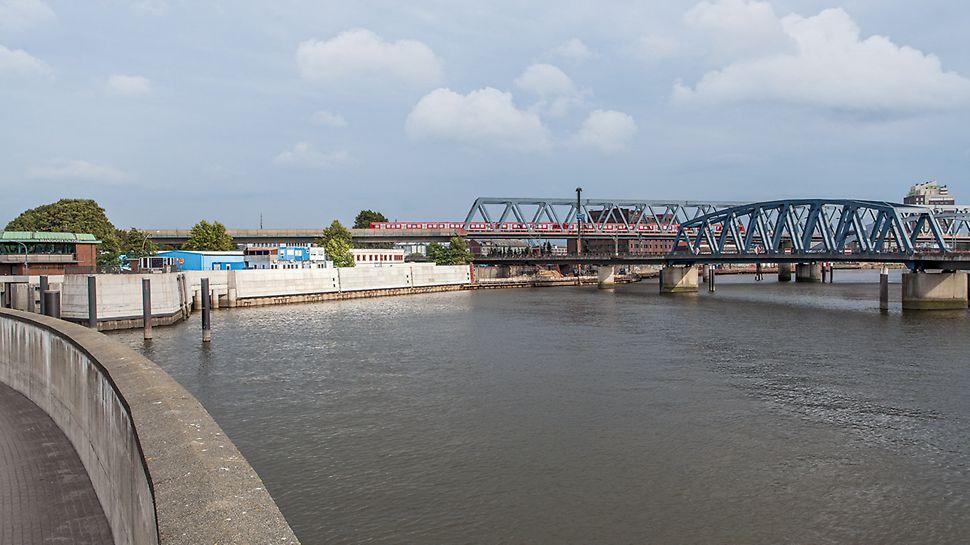 Die fertiggestellte Hochwasserschutzanlage in Billhafen.