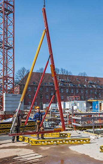 Vorbereitung der VARIOKIT und MULTIPROP Systemkomponenten für die Gespärrekonstruktionen zur Aufnahme der hohen Schalungs- und Frischbetonlasten.