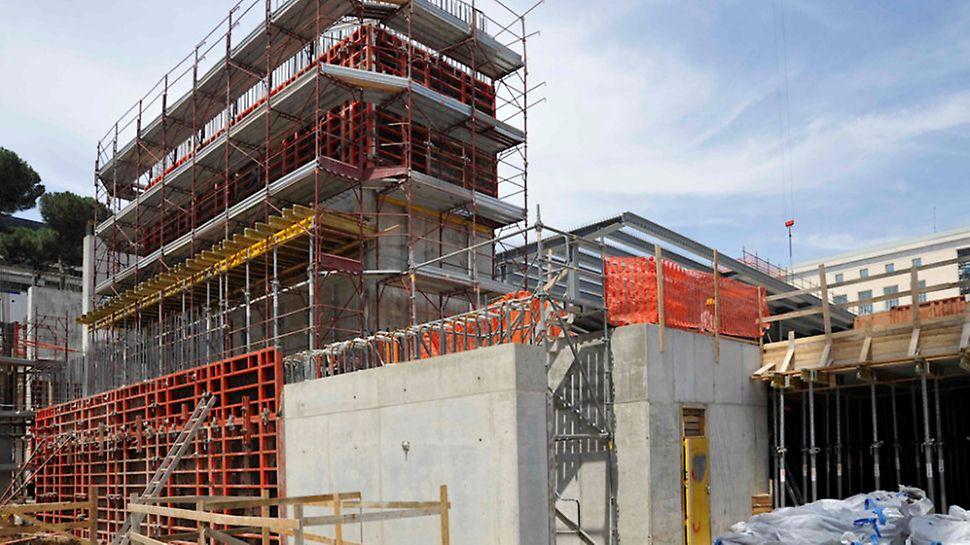 """Progetti PERI - Per la realizzazione delle pareti della """"Nuvola"""" di Fuksas è stata utilizzata la cassaforma a telaio TRIO"""