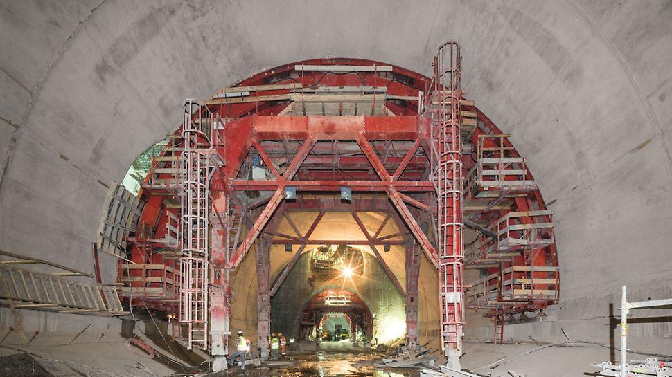 Metro de Argel - Linha e Estações - Posicionamento de carro de cofragem de aço de fabrico especial