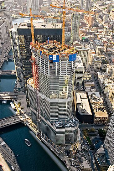 Trump International Hotel & Tower, Chicago, USA: Ve čtyřech výškách: 65 m, 121 m, 201 m a 338 m, se mění půdorysné rozměry této impozantní stavby tak, že se postupně směrem nahoru celá budova zužuje.