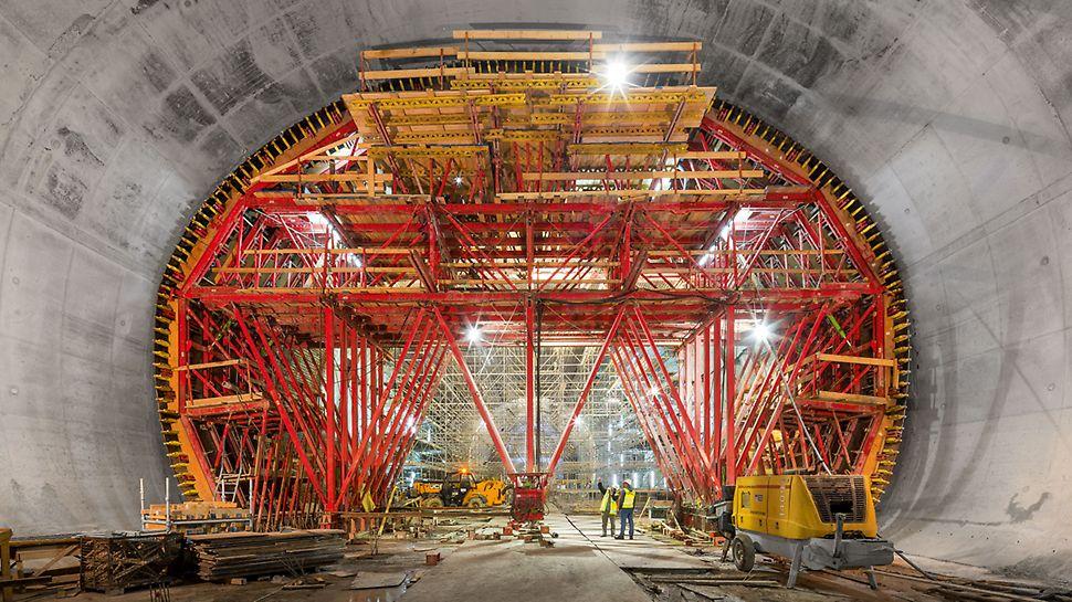 Mining, semi-monolithic construction method