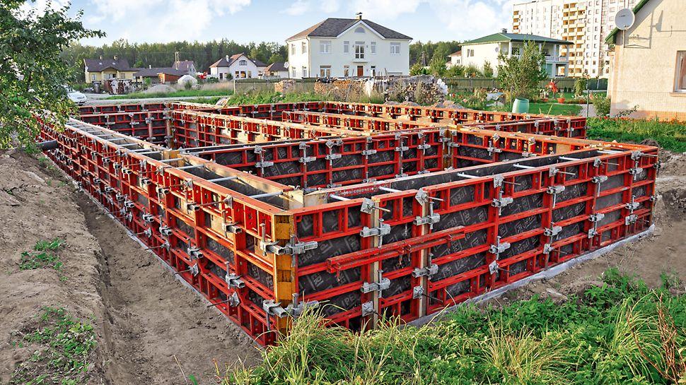 DOMINO er en robust veggforskaling for bygningskonstruksjoner og infrastruktur PERI forskaling domino panel panelforskaling