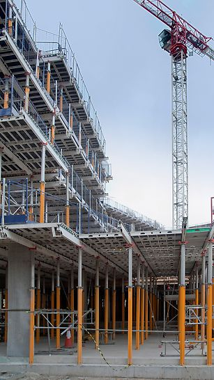 The slab formwork system from PERI, SKYDECK on a number of floors on the Marine Wharf project