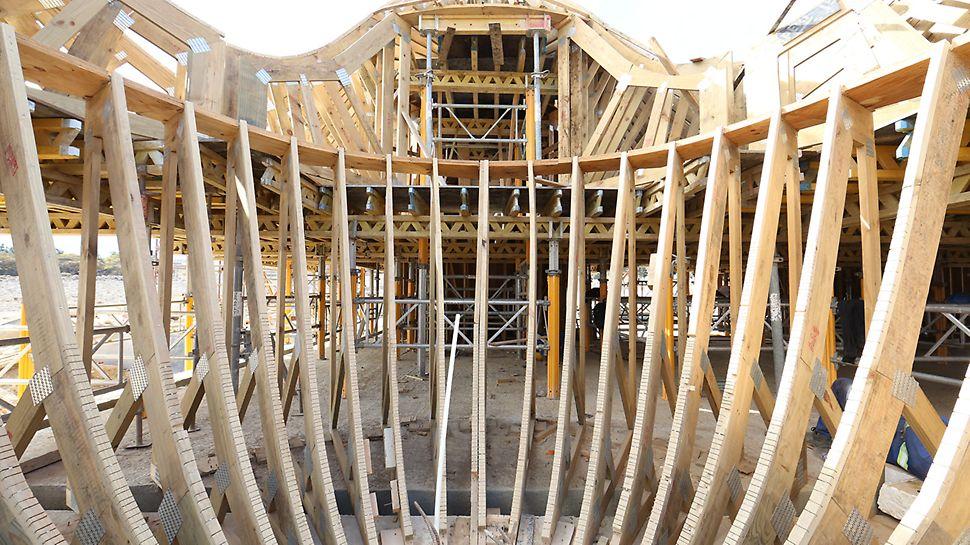 Bosjes Chapel - Die Planung, Konstruktion und Erstellung der maßgeschneiderten Träger erfolgt mit Hilfe von 3D-Modellierung.