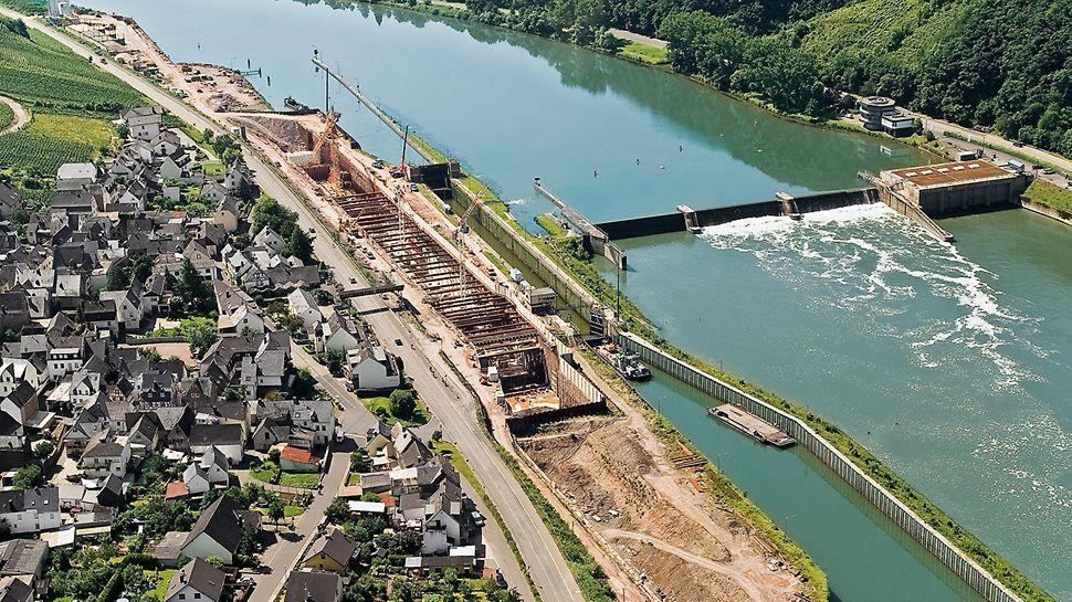 Bei der  Moselschleuse Fankel in Cochem wurden 45.000 m³ Beton verbaut.