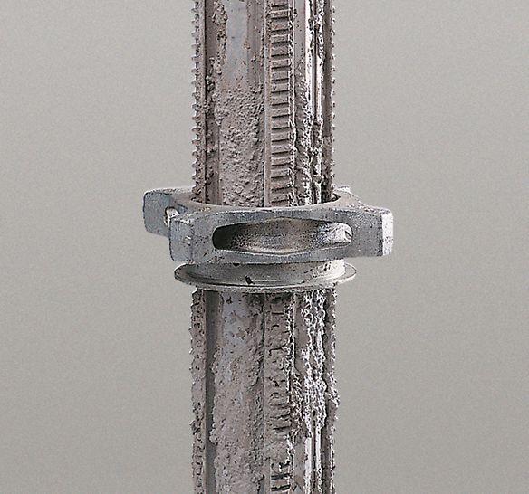El puntal MULTIPROP posee una rosca autolimpiante, de modo que la tuerca de ajuste rápido tampoco se atasca en caso de suciedad.